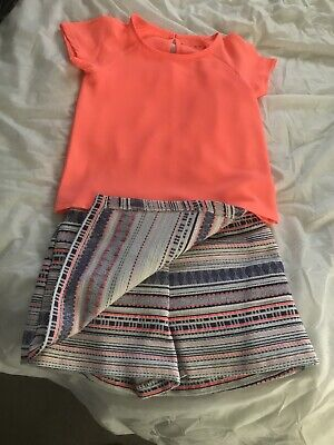 Girls Outfit Age 6-7 Skort And Chefron Top