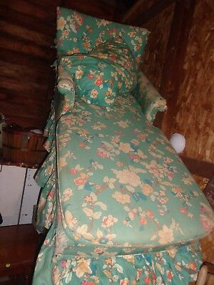 Antique Chaise Lounge Chair *UPSTATE NY LOCAL PICK UP or delivery*