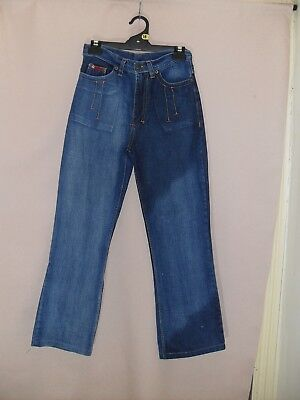 1980's Vintage High Waisted Straight Leg Jeans with Feature Stitching.