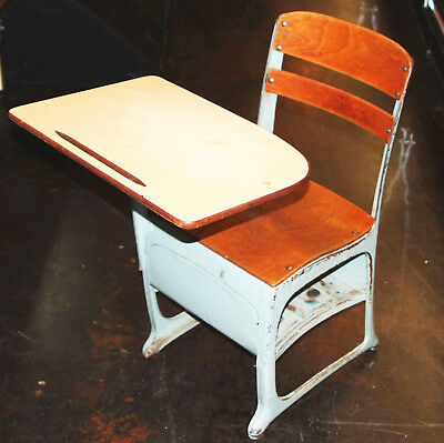 Vintage School Student Child Desk/Chair w/Cubby ENVOY American Seating Style A