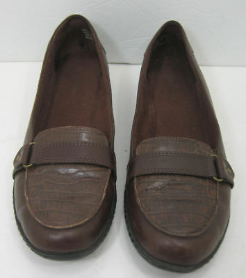 Women's Clarks Brown Leather Size 8.5 M Loafers Shoes Excellent