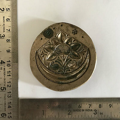 An old or antique bell metal jewellery stamp die seal flower patterns