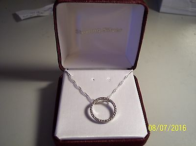 New Women's Diamond Accent Sterling Silver Circle Of Love Pendant And Chain