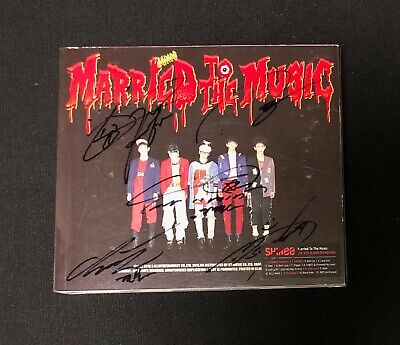 "SHINee autographed ""Married To The Music"" 4th Album Repackage signed PROMO CD"
