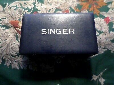 Singer Featherweight 221 and 222 accessories,