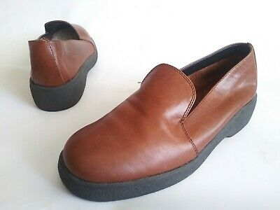 03bc053841f Vintage AEROSOLES Minimalist Slip On Loafer Shoes Brown Leather Womens Size  6.5