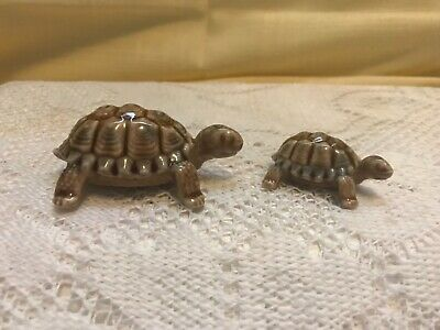 """Wade Porcelain Turtle Family Figurines - Made In England - Lot Of 2 - 3"""" and 2"""""""