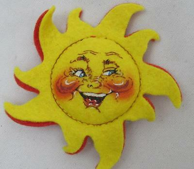 Annalee Sun Pin 1993 Doll Society Special Edition - Open Eyes/Smile - Excellent