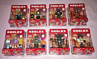 ROBLOX FLAME GUARD GENERAL Series 4 Core Action Figures Toys Packs+