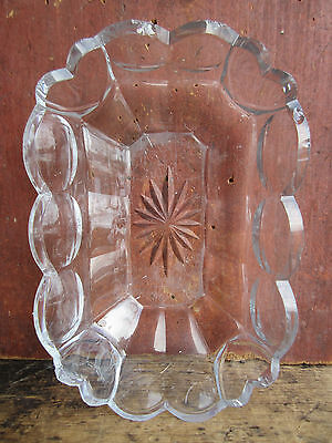 Antique Early Anglo-Irish Heart Decorated Cut Glass Sweetmeat Dish 1800-1820
