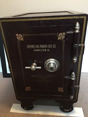 ANTIQUE SAFE HERRING Hall Marvin Co -Boutell Bros  Dealers Minneapolis Great