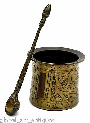 Antique Very Rare Hand Crafted Engraved Brass Pooja Holy Water Pot. G53-509 US