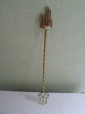 Vintage Brass Toasting Fork Handle Depicting PRIORY CHURCH BRIDLINGTON   §TF27
