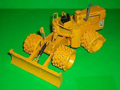 """# Vintage Nzg No. 135 Caterpillar Cat 825 Compactor Made In West Germany 6"""" Long"""