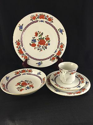 Crown Ming Fine China Old Imari style, , 5 Piece Set, Regent Collection
