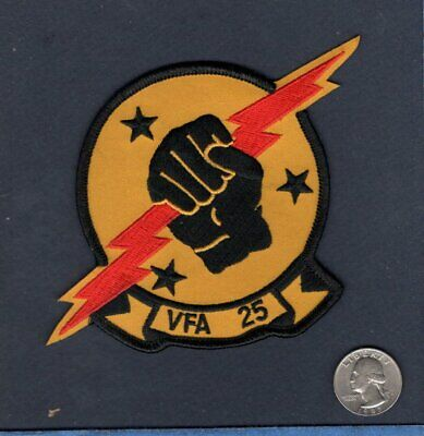 VFA-25 FIST OF THE FLEET US Navy F-18 HORNET Strike Fighter Squadron Patch