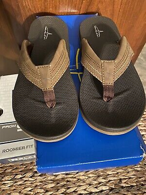 902fc050e7ba BLUE FIN BLUEFIN MEN s OR BOYS Sandals SHOES IN SIZE 7 NEW IN BOX ...