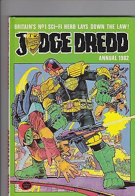 Judge Dredd collection of 5 Mint Books & 29 comics all VF to NM