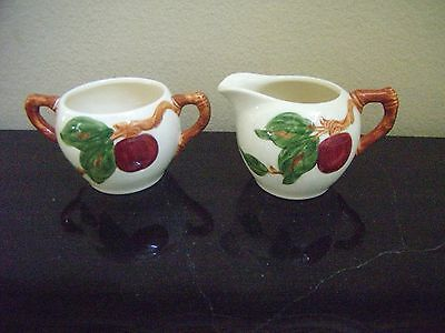 "Franciscan Ware USA ""Apple"" - Creamer and Sugar Bowl Set - NICE!"