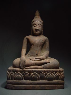 A SANDSTONE FIGURE OF A SEATED STONE BUDDHA. AYUTTHAYA PERIOD 16/17th C.