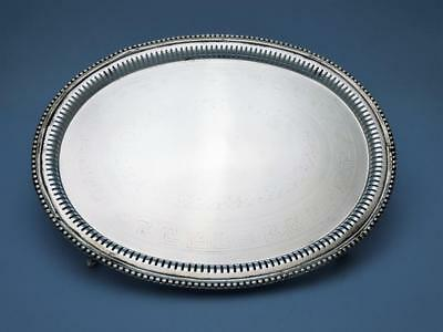 Tablett / Salver - versilbert - Sheffield um 1850 - Meandermuster - #1645