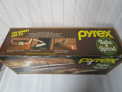 Vintage Pyrex Corning Glass Tube Bake A Round Bread Maker Baker Original Box