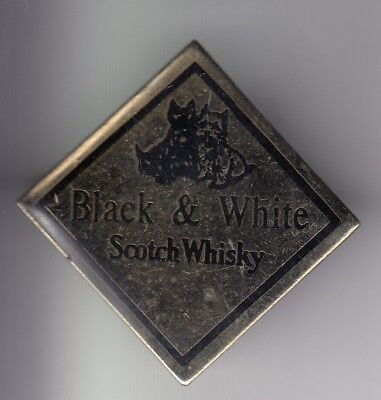 Rare Pins Pin's ..  Alcool Scotch Whisky Black And White Chien Dog Terrier ~Du