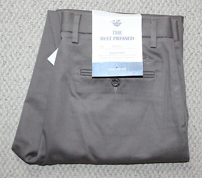 808820e6 NWT Mens DOCKERS Best Pressed Signature Khakis • 32x34 • Athletic Fit Flat  Front