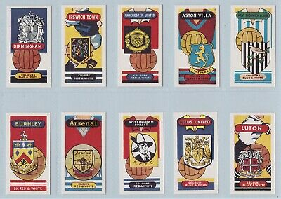Football Cards - Football Clubs And Badges (Anonymous) - Complete Set