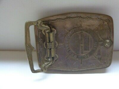brass belt buckle vintage all in good condition no cracks , or no discoloration