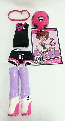 Monster High CLAWDEEN SCREAM SOCCER SPORTS PUNK Doll Fashion Pack Outfit w/ Ball