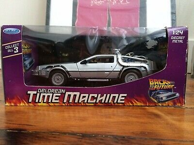 Back To The Future Part 1 Diecast Model Welly 1:24 Delorean Time Machine