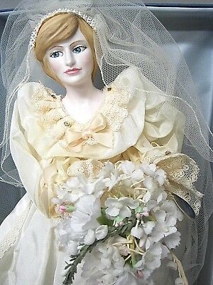 Royal Doulton-Nisbet-collectors- Lady Diana- Doll in Wedding Dress