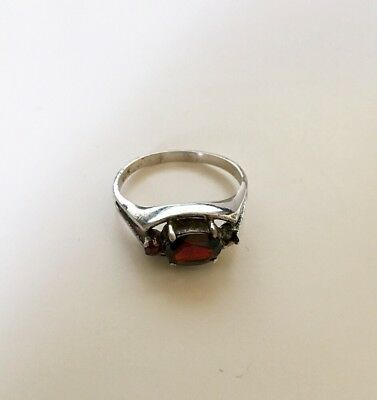Vintage Sterling silver ring with Garnet , size 8.5