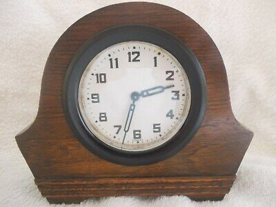 Vintage small wooden 30 hourmantel clock working