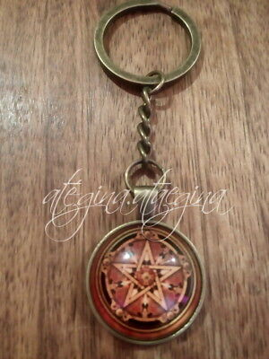Wicca Celtic Shield Pentagram Symbol Glass Dome Pendant Bronze Colour Key Ring