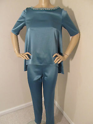 New St John Knit Size 4 Pant Suit Satin Green Verde Jewel Design At Neckline