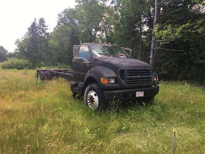 2000 Ford F750 Diesel Cab and Chassis