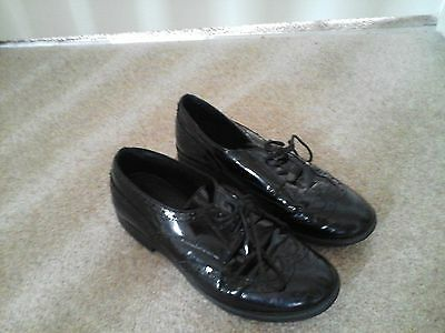 geox girls patent  shoes size 35