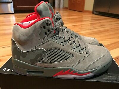 d771b4e8898379 Nike Air Jordan 5 Retro Reflective Camo Dark Stucco 136027 051 Size 8.5