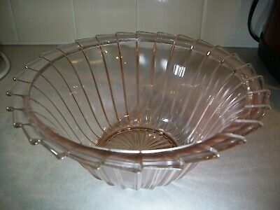 Vintage Pink Depression Swirl Jeannette Glass Bowl with Scalloped Edge