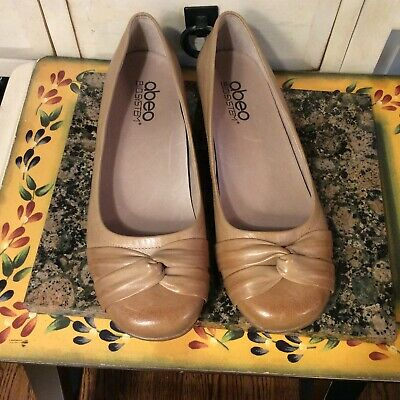 b916a5f197f Abeo Bio System Terrie Women s Brown Leather Slip-on Ballet Flats Size 8N
