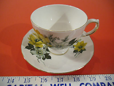 Queen Anne Bone China Tea Cup & Saucer Set - Pattern No. 8520 Yellow Flowers