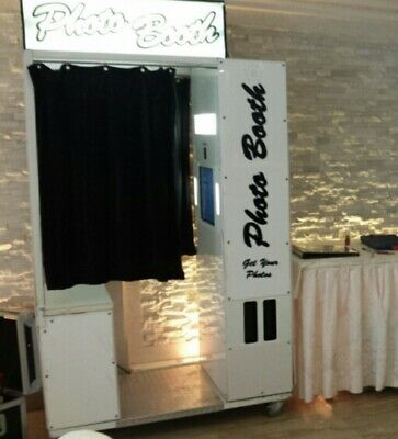 Kingdom Photo Booth Enclosed / Sectional / BUYER PAYS - Freight Shipping
