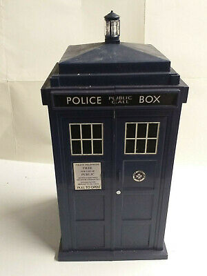 Official BBC Licensed DOCTOR WHO TARDIS Police Box BATTLES IN TIME Card Game BOX