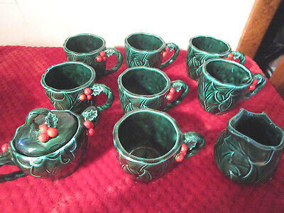 10 Pieces Lefton GREEN HOLLY, 7 Cups Mugs and Coffee Creamer, Covered Sugar Bowl