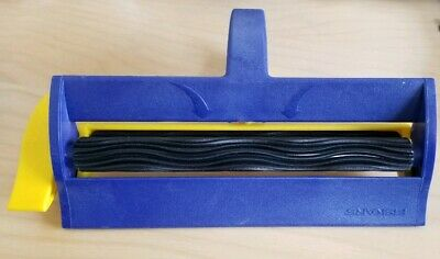 Fiskars WAVY PAPER CRIMPER Waves 6.5 Inch Rare - gently used