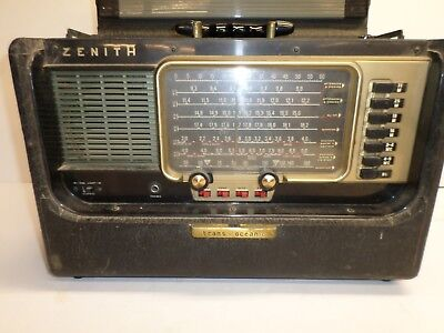 """Vintage """"ZENITH TRANS-OCEANIC RADIO"""" - Marked S-4273 - AM BAND WORKS!"""