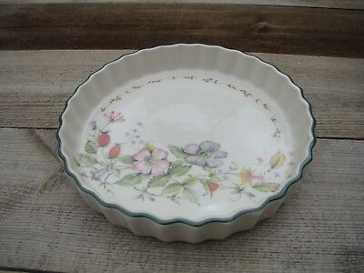 1 x Cloverleaf Flan Pie Dish ( 3 available )