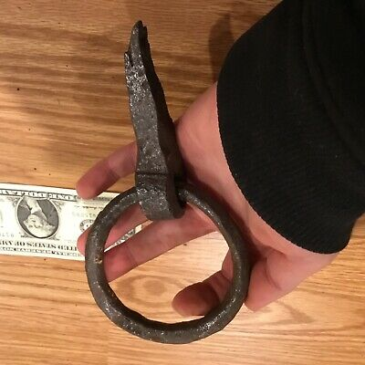 Antique HAND FORGED IRON RING #3 reenactor rare MAN CAVE 1700s colonial dungeon